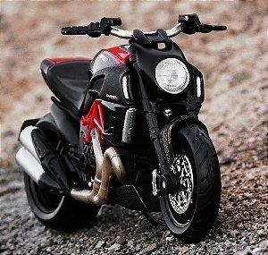 Miniatura Ducati Diavel