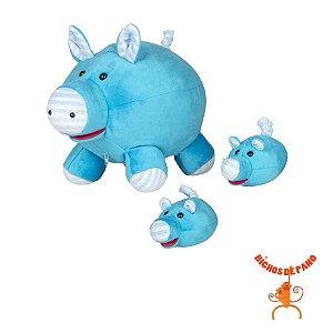 Porca Lhona Azul Grávida com 2 Filhotes