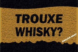 Trouxe Whisky?