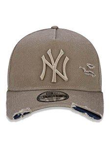 BONÉ NEW ERA 9FORTY A-FRAME ABA CURVA AJUSTÁVEL MLB NEW YORK YANKEES BASIC KAKI