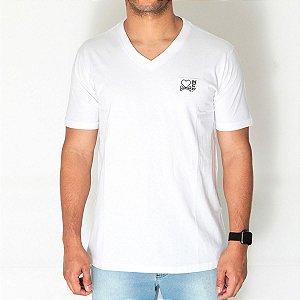 Camiseta Dabliu V-neck White Dab X Titto
