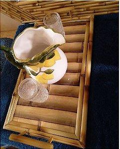 B03 Bandeja  Trancoso em Bambu c/ aplicação de estampa de adesivo  em bambu e vidro 54x31