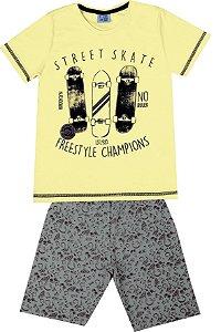 Conjunto de Camiseta Skate Bermuda em Moletom Soft Amarelo