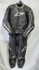 Macacão Alpinestars GP PRO 54 preto 2 Pç Semi Novo