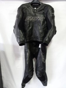 Macacão RST TracTech EVO R 52 preto 2pç Semi Novo