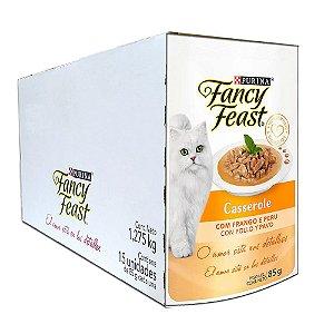 Ração Úmida Fancy Feast Sachê Gatos Adultos Casserole Sabor Frango e Peru Caixa 15un 85g Cada - Purina