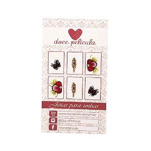 Adesivo de Unha Premium Flor e Borboleta Vermelha 118