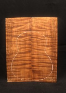 TAMPO CURLY REDWOOD (SEQUOIA) CAVACO / UKULELE