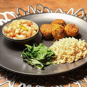 BÁSICO: feijão branco, bolinho de abóbora, couve e arroz integral