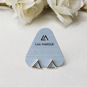 Brinco Mini Triangulo Vazado