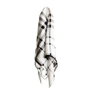 Lenço quadriculado preto e branco 70x70cm