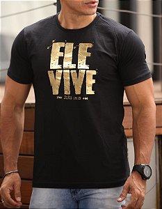 ELE VIVE (C) PRETA