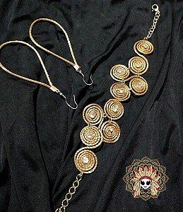Lindo conjunto de pulseira e brinco feito com capim dourado