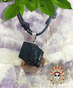 Turmalina Negra pedra bruta, purificação, proteção e aterramento