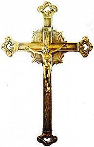 Crucifixo de Parede em Bronze Vazado na Ponta (33 cm)