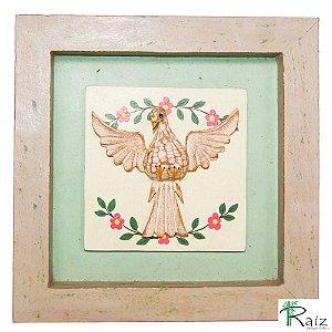 Quadro Divino Espírito Santo com Flores Rústico Encerado Pátina Branca Fundo Verde Claro