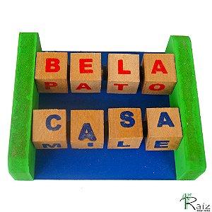 Brinquedo Educativo  Forma Palavras / Caça Palavras