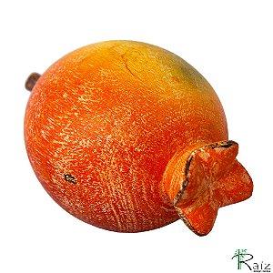 Fruta Decorativa de Mesa Romã em Madeira Maciça (13,5x8,3x8,3)cm