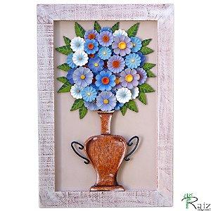 Quadro Decorativo Vaso de Flores Azuis e Roxas Madeira Luxo