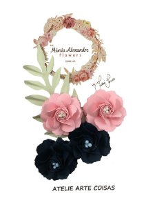 Flores de Papel P/Scrapbook Blueberry Com Rosas Fabi Torres