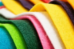 Feltro Colorido Liso Para Decoração 0,50 x 1,40 cm