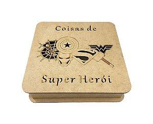 Caixa Coisas de Super Herói Laser MDF Com Dobradiça 25x25x6