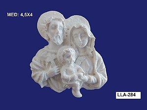 Aplique em Resina Família Sagrada P 4,5x4cm - LLA 284
