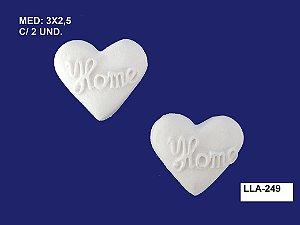 Aplique em Resina Coração Home 2 Peças 3x2,5cm - LLA 249