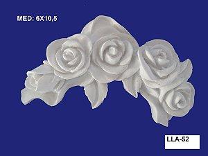 Aplique em Resina Cantoneira Rosas 6x10,5 cm - LLA 52