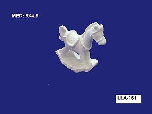 Aplique em Resina Cavalinho de Balanço 5x4,5 cm - LLA 151