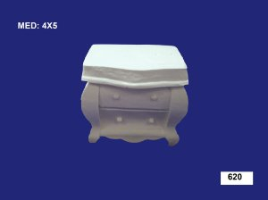 Aplique em Resina Cômoda 4x5 cm - 620