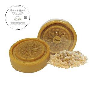 Sabonete Vegetal Artesanal Olíbano 80gr | Pedras & Bolhas
