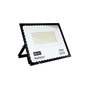 Refletor Holofote Led Branco Frio 200w Bivolt Resistente Agua