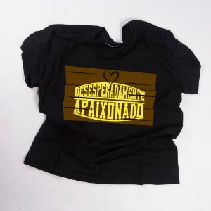 Camiseta QTVQTV  Desesperadamente Apaixonado