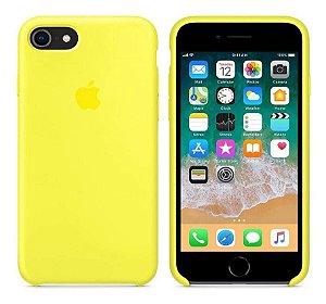 Capa Case Capinha Silicone Aveludada iPhone 7 (cor Amarela)