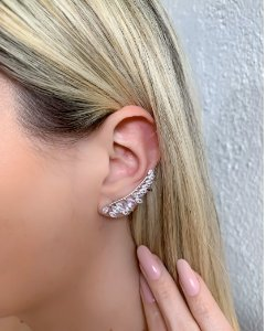 EAR CUFF PRATEADO COM PEDRA CRISTAL FOGGY