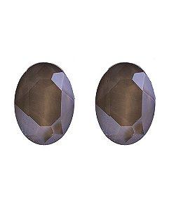 Brinco pequeno de metal dourado com pedra marrom bernadete