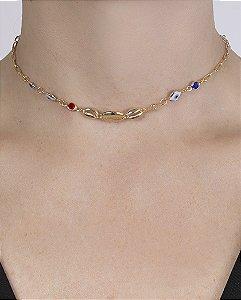 Gargantilha choker de metal dourado com pedras coloridas ticiana