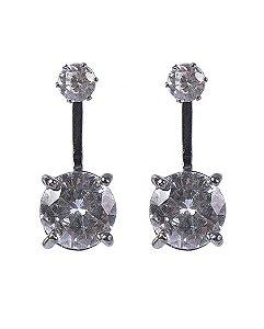 Brinco de metal prateado com pedra cristal zaíra
