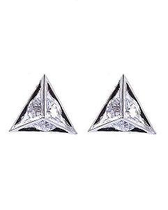Brinco pequeno de metal prateado com pedra cristal latgé