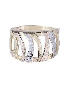 Anel folheado dourado, prata e rosé slova
