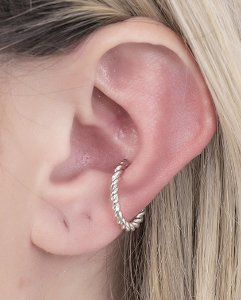 Piercing fake prateado celine