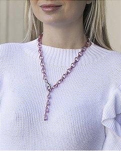 Colar pink com pingente prateado austin