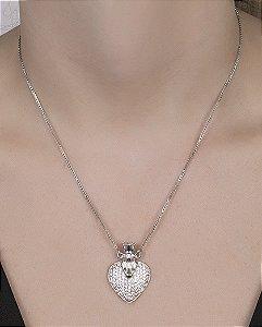 Colar de metal prateado com strass cristal Senior