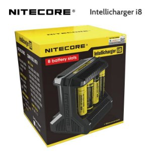 Nitecore i8 - Intellicharger