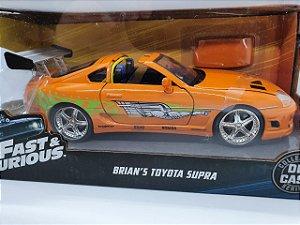 Miniatura Toyota Supra 1995 Velozes e Furiosos - Escala 1/24 - Jada Toys