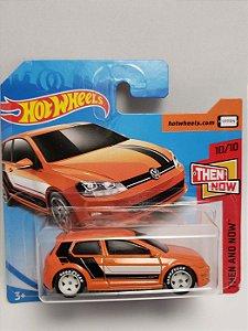 1:64 VW GOLF MK7 LARANJA