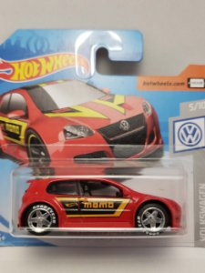 1:64 VW GOLF GTI VERMELHO
