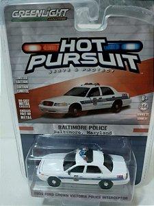 Miniatura Policia Baltimore - Ford Crown Victoria 2008 - Hot Pursuit - Escala 1/64