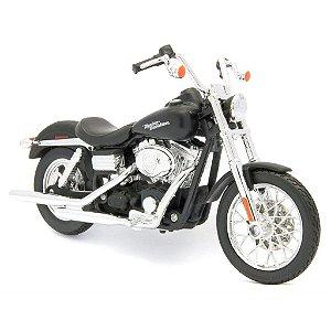 Miniatura Moto Harley Davidson Dyna Street Bob 2006 - Escala 1/18 - Maisto